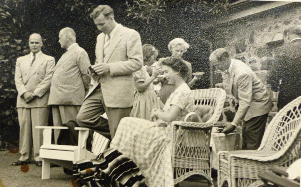 The Queen visiting the Pines in 1953 (Selwyn Robinson, owner at the time, is on the far left). This photo was taken down at the pool.
